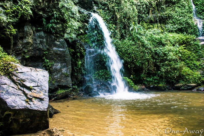 Mon Tha Thon Waterfall Chiang Mai