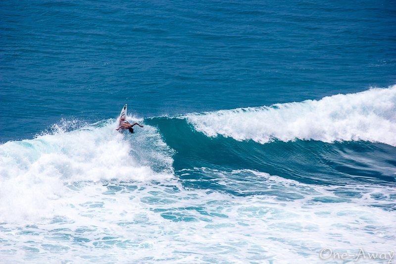 Uluwatu Surf Bali Indonesia